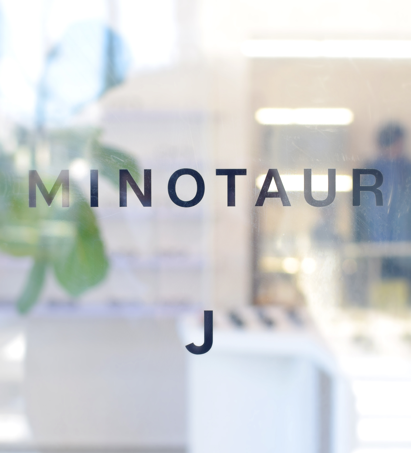 J Eyewear Lab × MINOTAUR INST.「世の中になかった快適なものを作っていく」